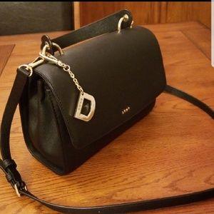 🆕️DKNY saffiano leather bag